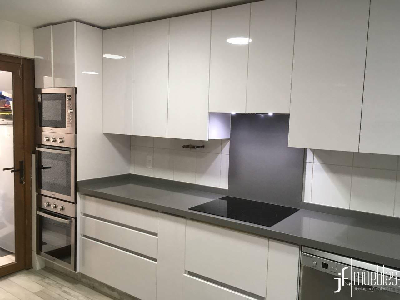 Jf muebles muebles de cocina walk in closet muebles a for Precios muebles de cocina a medida